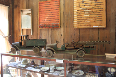 Museum Displays_Barbed Wire and Toy Trucks_IMG_2015_03_07_00774